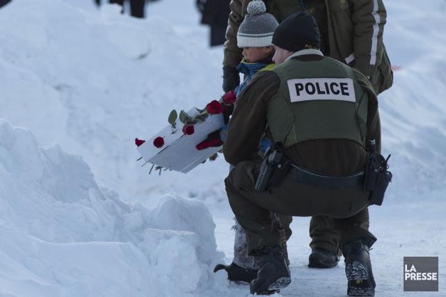 Lac-Simon pleure à la fois un policier et... (La Presse, Olivier Jean)