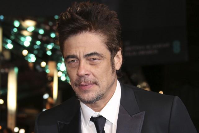 Benicio Del Toro était aux prix Bafta, dimanche.... (Associated Press)