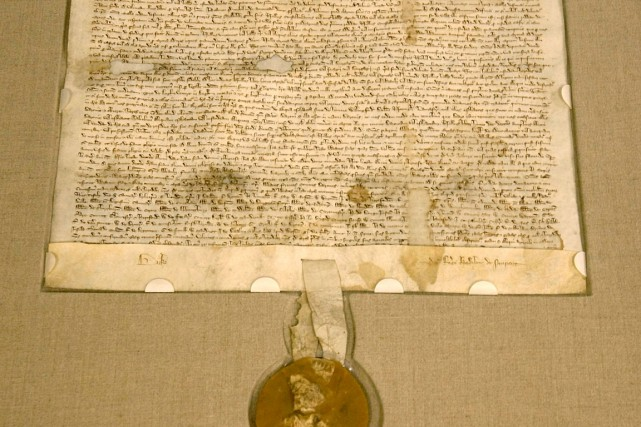 La Magna Carta, écrite sur papier vélin, est... (Photo Getty Images)