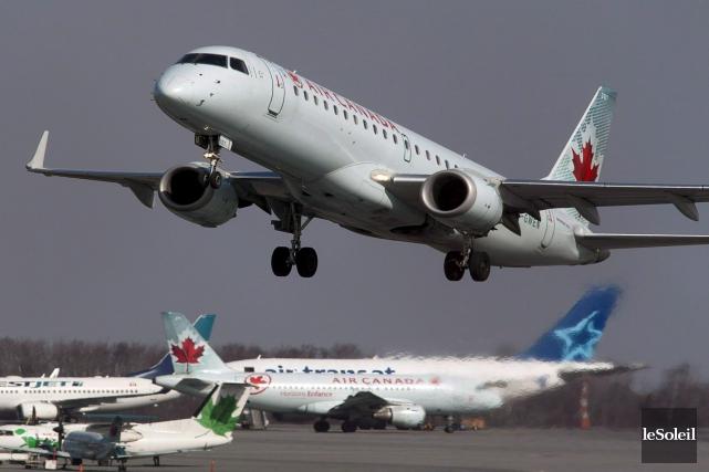 Air Canada a annoncé lundi avoir conclu une entente avec le Manitoba pour... (Photothèque Le Soleil)