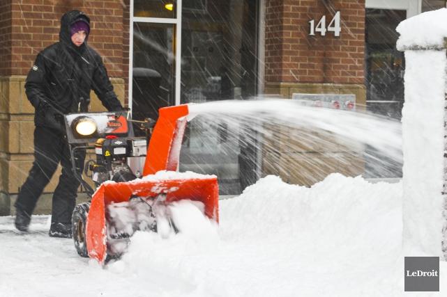 De 20 à 40 centimètres de neige sont... (Patrick Woodbury, Archives LeDroit)