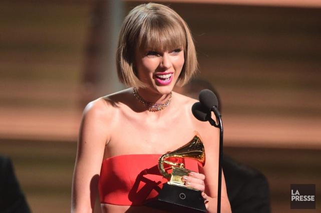 Taylor Swift devient la première femme à remporter... (PHOTO AFP)
