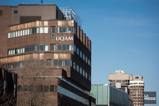 Québec a informé au moins deux universités, l'UQAM... (PHOTO OLIVIER PONTBRIAND, archives LA PRESSE)