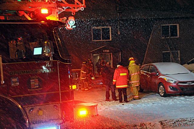 Un incendie d'origine suspecte a forcé l'évacuation d'une... (Photo collaboration spéciale Éric Beaupré)