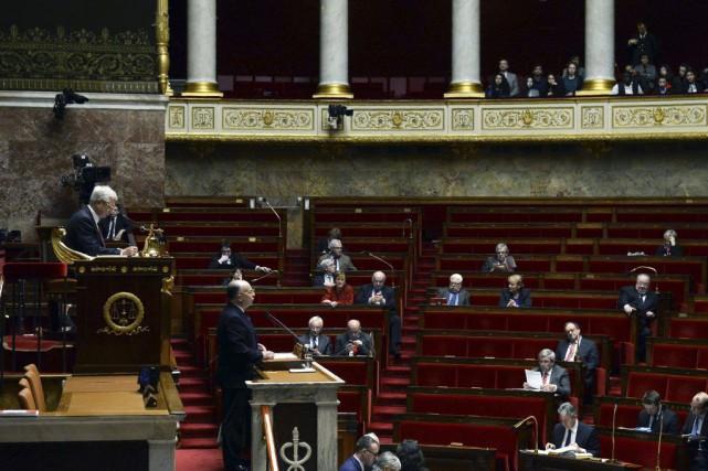 Selon le ministre français de l'Intérieur,Bernard Cazeneuve, les... (PHOTO ALAIN JOCARD, AFP)