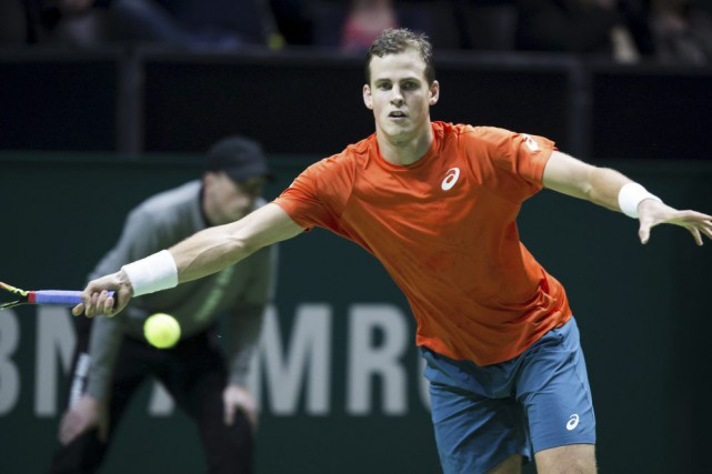 Le Canadien Vasek Pospisil s'est incliné 6-4, 6-4 devant l'Australien Nick... (Photo AFP)