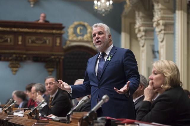 Le premier ministre Philippe Couillard a dû répondre... (La Presse Canadienne, Jacques Boissinot)