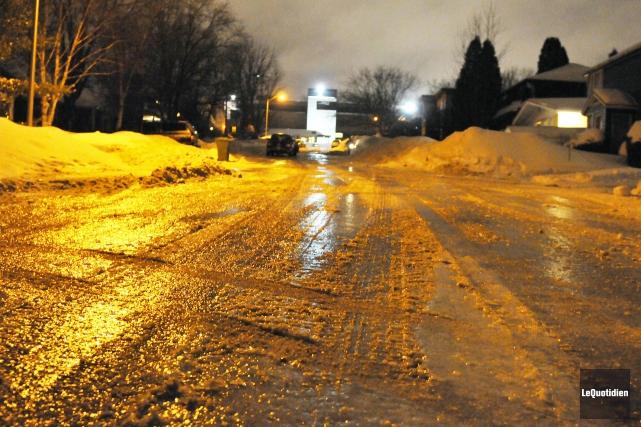 Après la neige, la pluie! Le Saguenay n'a... (Photo Le Quotidien, Jeannot Lévesque)