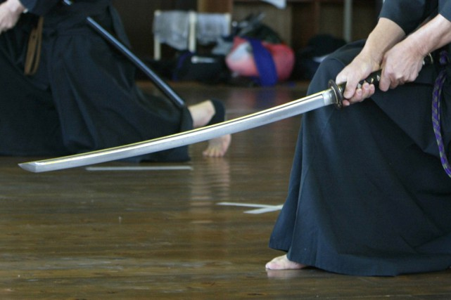 Un acteur est mort poignardé par une épée de samouraï véritable ou factice lors... (Photo archives Reuters)
