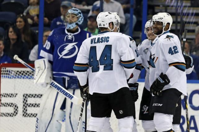 Matt Nieto et Joel Ward ont récolté un but et une aide chacun et les Sharks de... (PHOTO AP)
