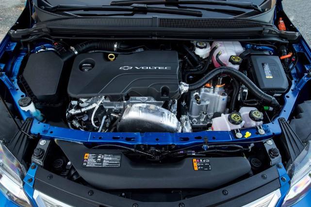 Sous le capot de la Chevrolet Volt... (photo fournie par le constructeur)