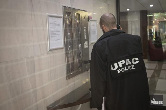 L'Unité permanente anticorruption a arrêté ce matin un fonctionnaire du... (PHOTO IVANOH DEMERS, ARCHIVES LA PRESSE)