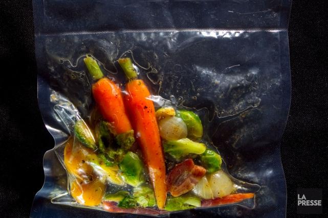 La cuisine sous vide gagne en popularité depuis... (PHOTO ALAIN ROBERGE, ARCHIVES LA PRESSE)