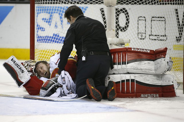 Le gardien des Flames de Calgary, Karri Ramo,... (PHOTO TONY AVELAR, ASSOCIATED PRESS)