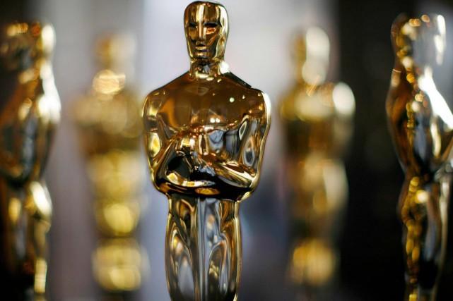 Les statuettes seront encore plaquées en or 24... (archives Associated Press)