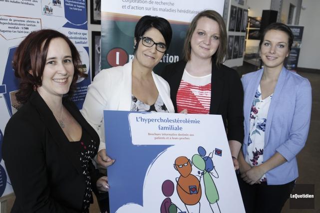 L'équipe de CORAMH composée d'Annie Chamberland, professionnelle scientifique,... (Photo Le Quotidien, Mariane L. St-Gelais)