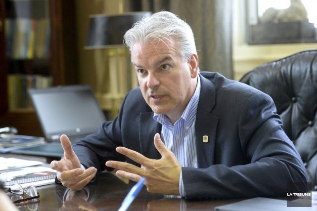 Le maire de Sherbrooke, Bernard Sévigny, a relayé... (Archives, La Tribune)