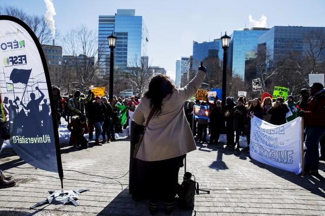 Les jeunes ont été au devant des revendications... (Archives, La Presse canadienne)