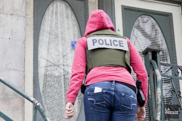 Quinze individus ont été arrêtés dans le cadre... (Archives La Presse)