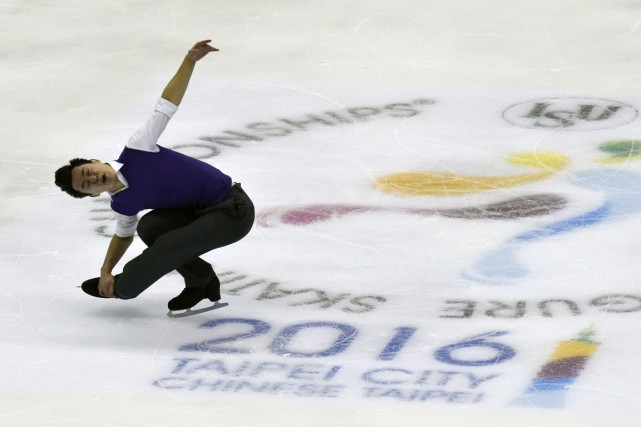Patrick Chan... (PHOTO SAM YEH, AFP)