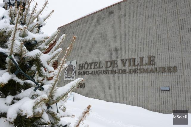 L'hôtel de ville de Saint-Augustin-de-Desmaures... (Photothèque Le Soleil, Patrice Laroche)