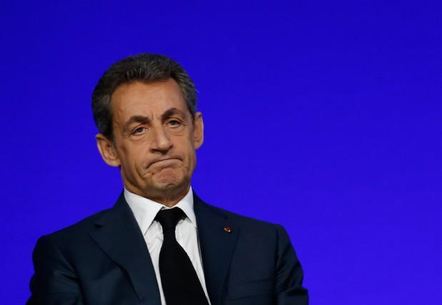 «Dans ses discours, Nicolas Sarkozy multiplie les gestes,... (Photo Jacky Naegelen, Reuters)