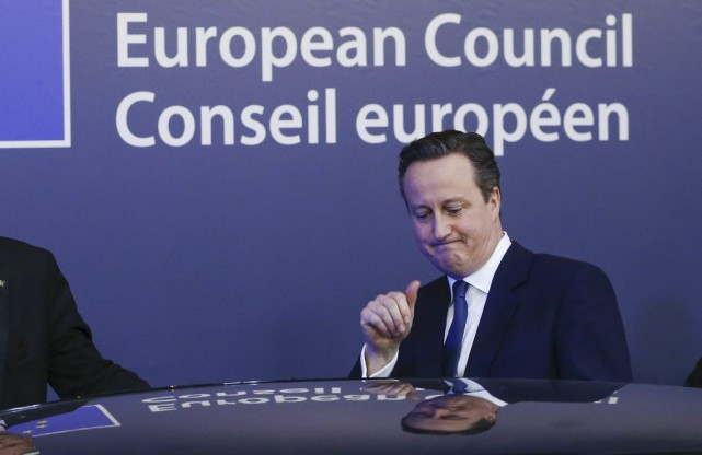 Le PM britannique David Cameron après le sommet... (Photo YVES HERMAN, Reuters)