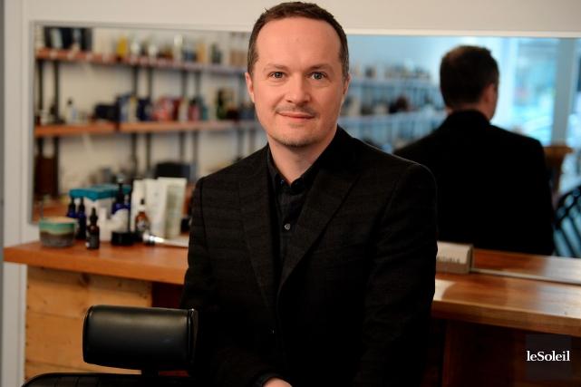 Michael Carpentier, propriétaire de Rituels, une boutique de... (Le Soleil, Erick Labbé)