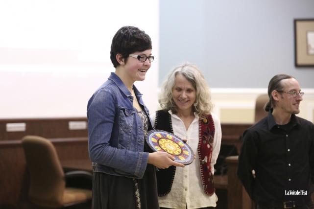 La jeune Jade Archambault a été récompensée pour... (Julie Catudal, La Voix de l'Est)