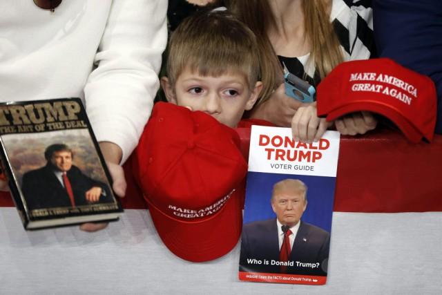 Donald Trump attend un triomphe, Hillary Clinton une victoire, même in... (Matt Rourke, AP)