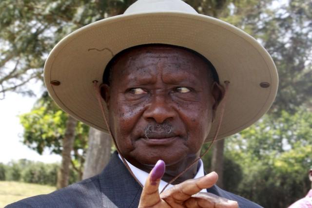 Arrivé au pouvoir en 1986, YoweriMuseveni est encore... (PHOTO JAMES AKENA, REUTERS)