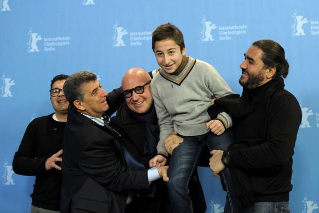 L'équipe du film sur les réfugiés Fuocoammare:Giuseppe Fragapane,... (PHOTO ARCHIVES REUTERS)