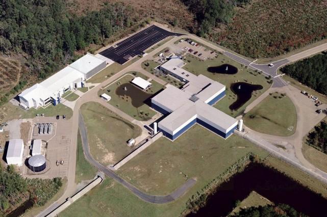 Cette photo aérienne montre le détecteur louisianais del'Observatoire... (PHOTO FOURNIE PAR LE LIGO)