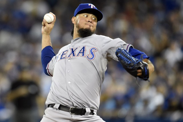 Yovani Gallardo... (PHOTO Peter Llewellyn, USA TODAY)