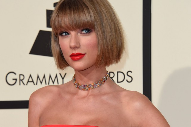Taylor Swift, à la cérémonie des Grammy 2016... (PHOTO ARCHIVES AFP)
