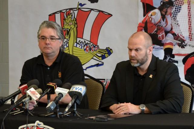 Marco Pietroniro (à droite) a été congédié dimanche... (Collaboration spéciale Steeve Paradis)
