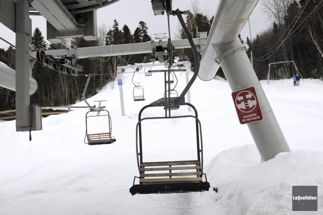 Le télésiège de la station de ski Mont-Bélu, à La Baie, a causé des maux de... (Photo Le Quotidien, Mariane L. St-Gelais)