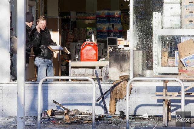 L'épicerie L'intermarché Lagoria a été la cible d'un... (PHOTO ALAIN ROBERGE, LA PRESSE)