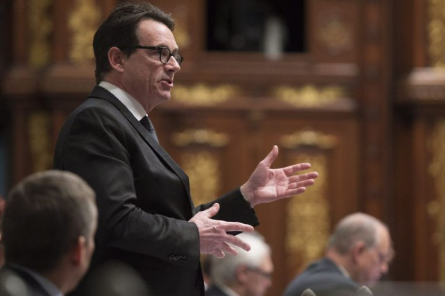 Pierre Karl Péladeau... (PHOTO JACQUES BOISSINOT, ARCHIVES LA PRESSE CANADIENNE)