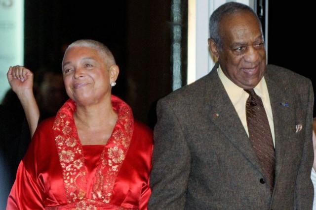 Bill Cosby et sa femme Camille à leur... (PHOTO REUTERS)