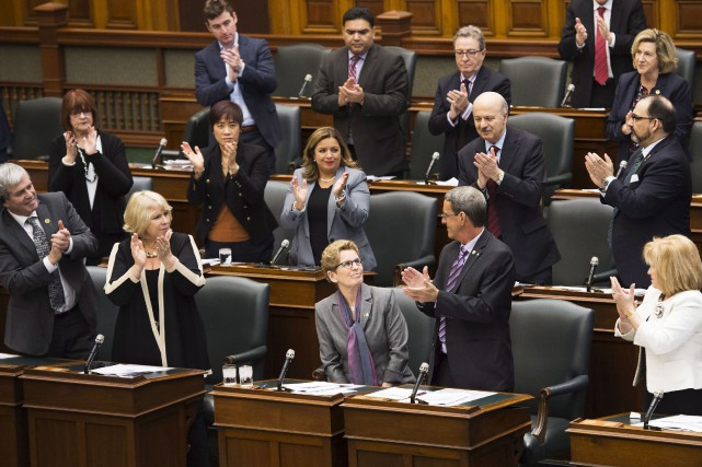 La première ministre de l'Ontario, Kathleen Wynne, a... (La Presse Canadienne)