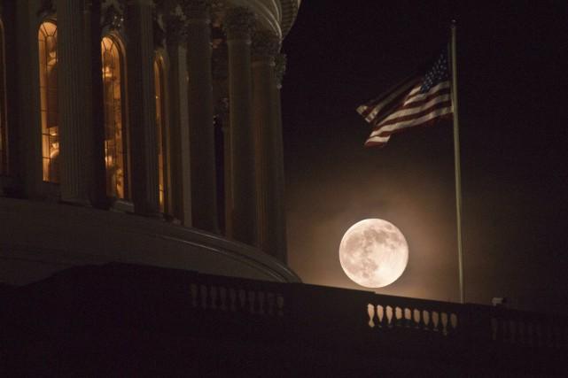 Selon la NASA, les sons enregistrés derrière la... (AFP, Nicholas Kamm)