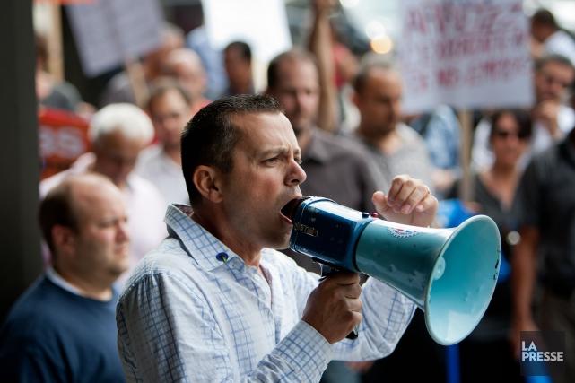 Jean Poirier lors d'une manifestation en 2012... (PHOTO MARCO CAMPANOZZI, ARCHIVES LA PRESSE)