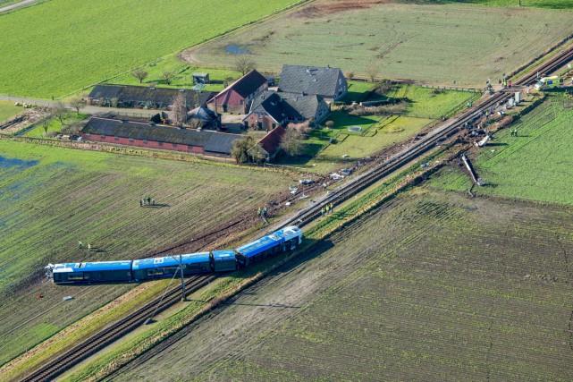 Des images diffusées par les médias néerlandais montrent... (PHOTO BRAM VAN DE BIEZEN, ANP/AFP)