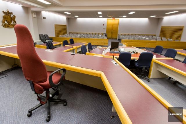 Roger Marmonier de Sherbrooke reviendra devant le tribunal mercredi pour son... (Archives La Tribune, Jessica Garneau)