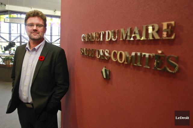 Le maire Maxime Pedneaud-Jobinpeut toutefois se consoler en... (Patrick Woodbury, Archives LeDroit)