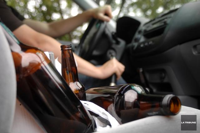 Le récidiviste en matière d'alcool au volant a... (Archives, La Tribune)