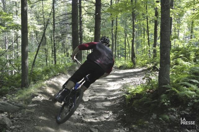 Bromont, montagne d'expériences accueillera des compétitions de vélo... (archives La Presse)