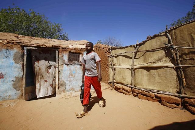 Quelque 871 756 enfants du Darfour vivent dans... (PHOTO ASHRAF SHAZLY, ARCHIVES AFP)