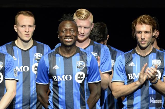 Le but de Dominic Oduro (deuxième à gauche)... (ARCHIVES LA PRESSE)